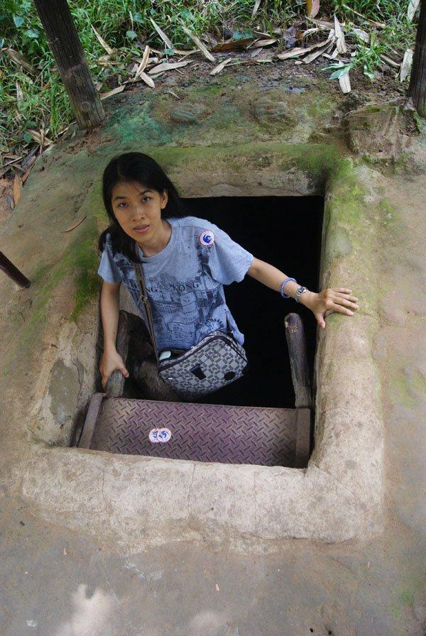 Terowongan Cu Chi Tunnel Tempat Wisata Ho Chi Minh
