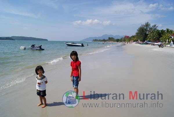Pantai-Cenang-Langkawi