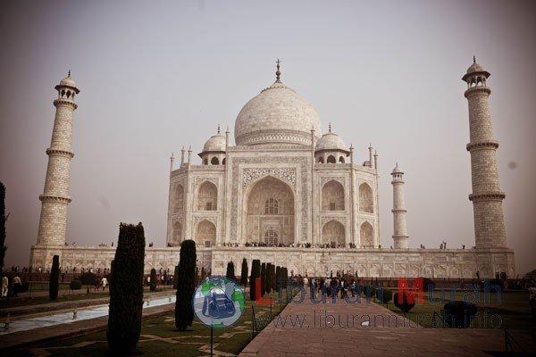 INDIA-Taj Mahal