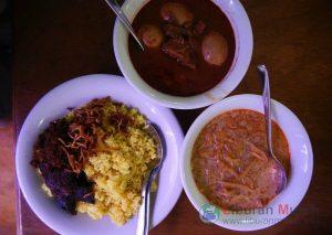 Nasi Kuning Riburane - Wisata Kuliner Makassar
